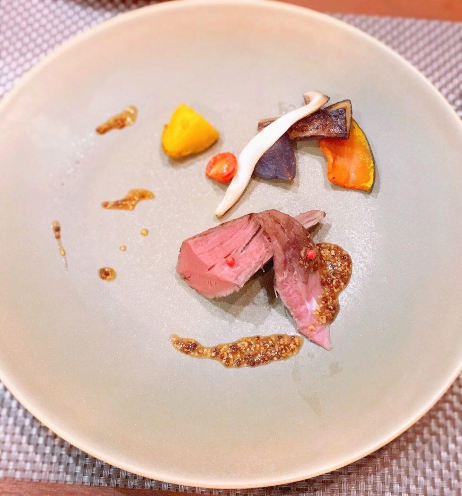 お肉料理の画像