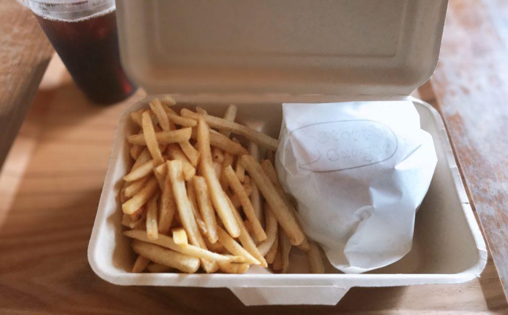 ポテトとハンバーガーの画像