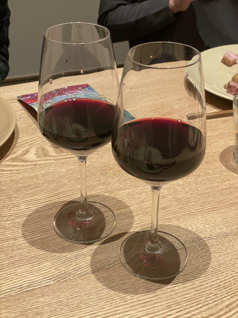 赤ワインの画像