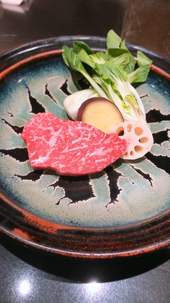 野菜と牛肉の画像