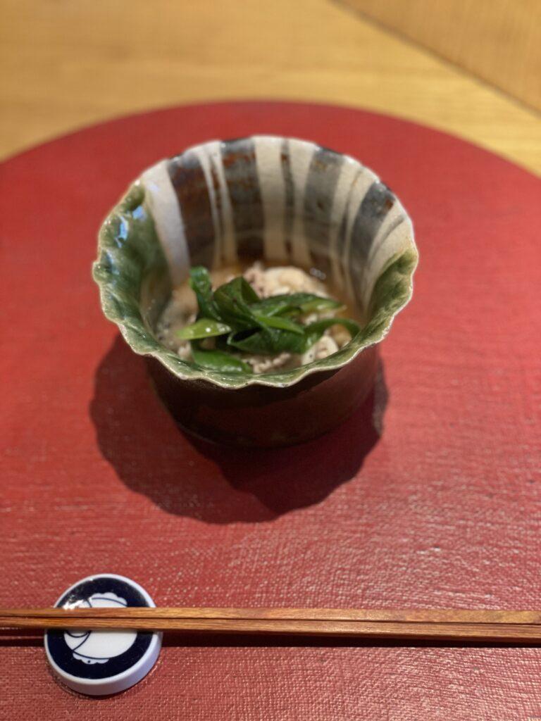 六皿目の料理の画像